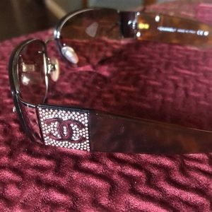 Authentic Chanel Sunglasses 🏖